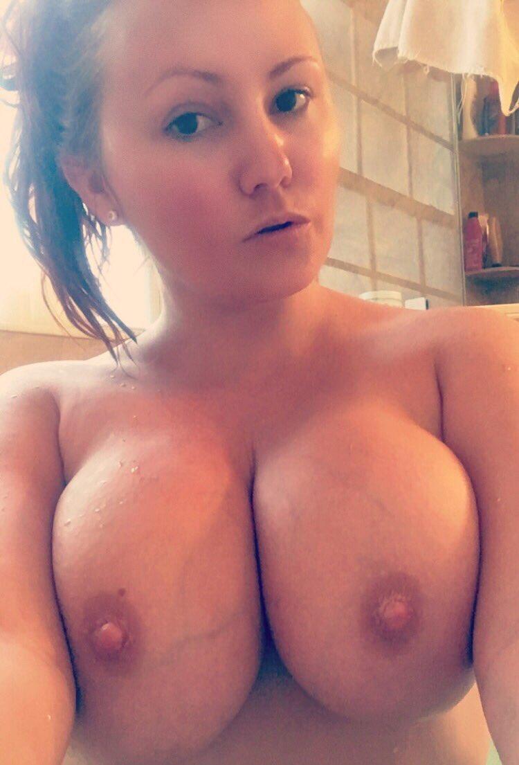 Scarlettlacy