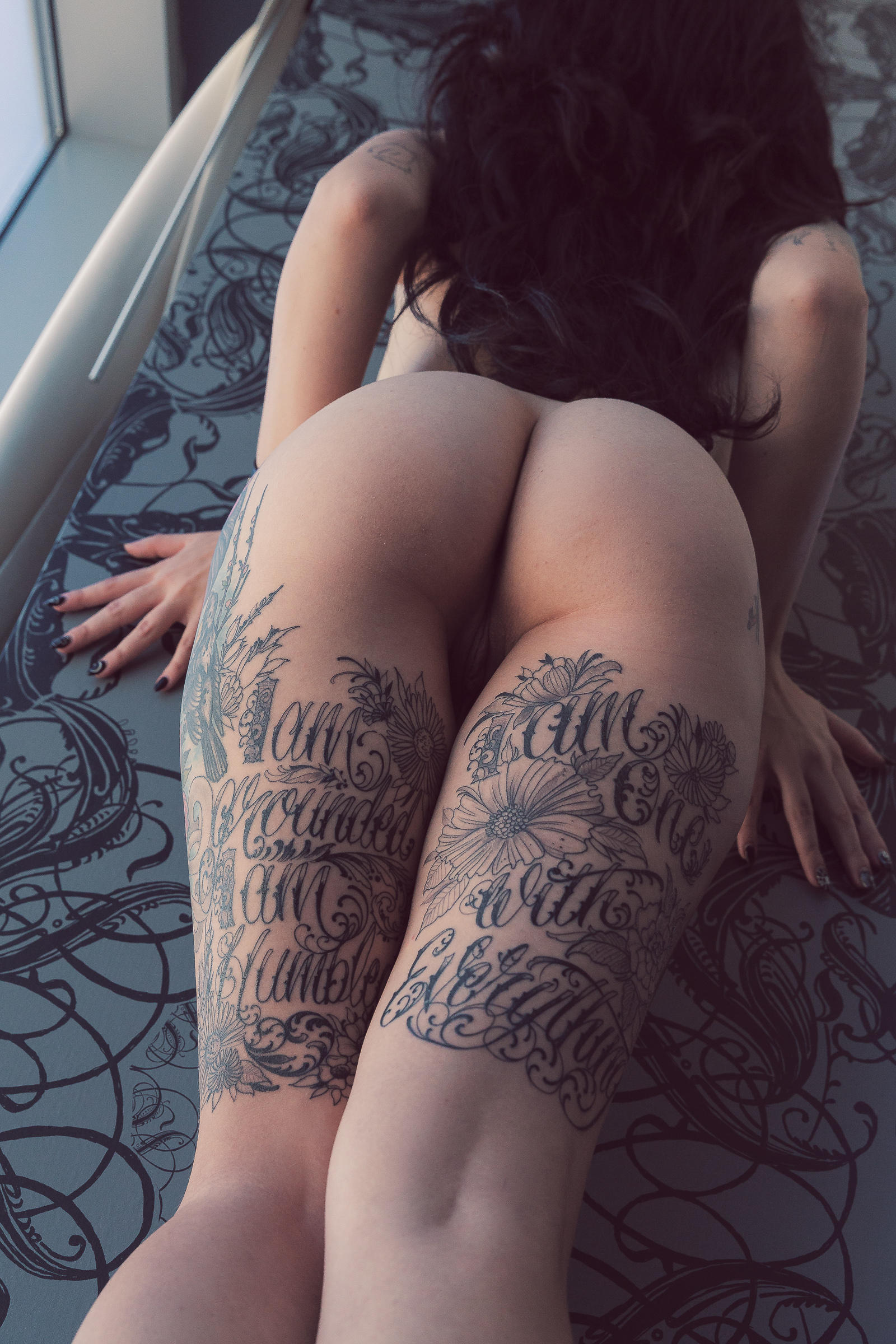 70 inches of tattooed booty gets fucked in the ass 9