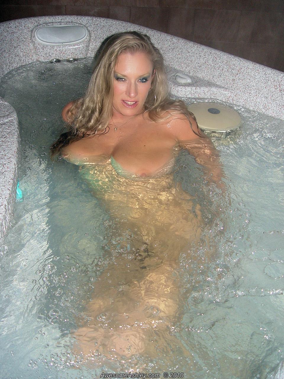 Awesome Ashley Porn Pics awesomeashley's homepage on myfreecams