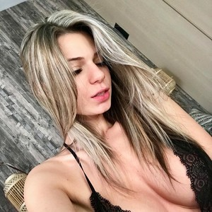 Anne__Parker